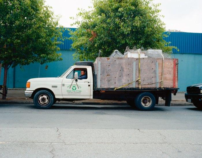 07_2012_RecyclingTrucks005_L